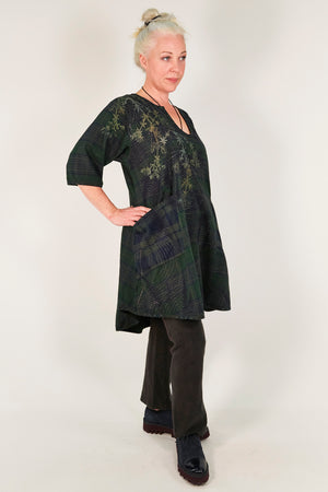 2309- Balloch Bliss Tunic w/contrast pockets- printed