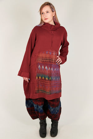 2207 Thermal Travel All Roads Tunic-Sangria-printed
