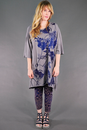 1564 Euro Slim Fit Art Tunic Pewter-Cool Botanical