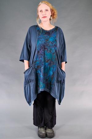 2313 Everyday Vector Tunic-Blue Cypress-Opalescent Landscape