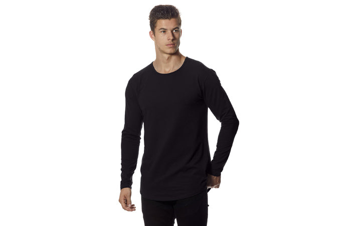 Men's Drop-Cut Long Sleeve Sizing on Model