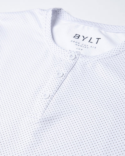 Henley Drop-Cut: LUX Microdot White/Grey/Grey