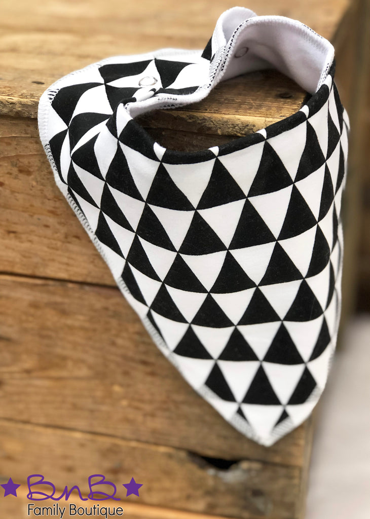Black & White Triangle Bandana Bib