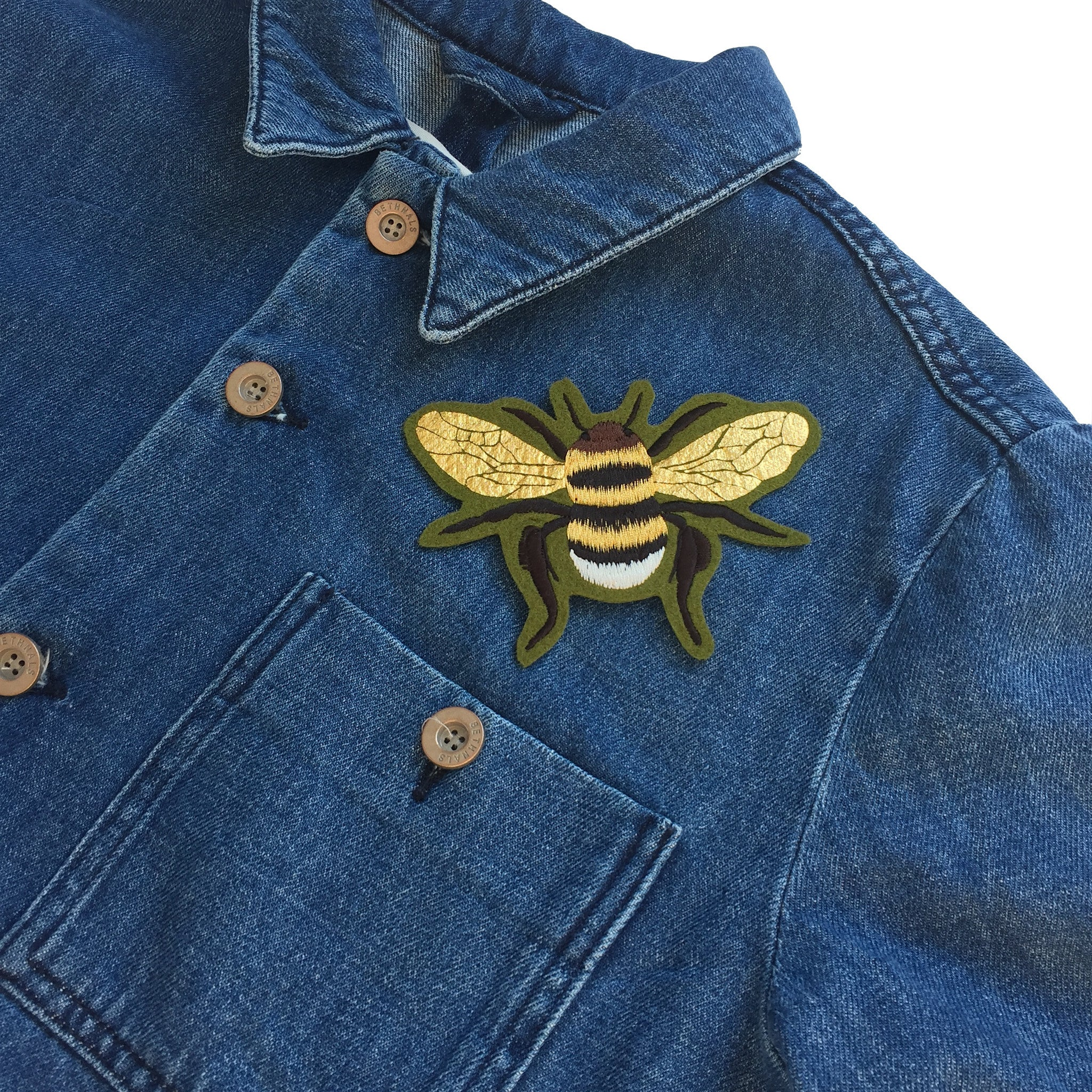 Foil screen printed gold embroidered Bee Patch -022