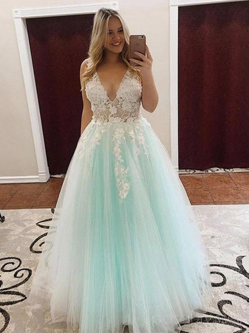 products/lace_mint_green_prom_dresses.jpg