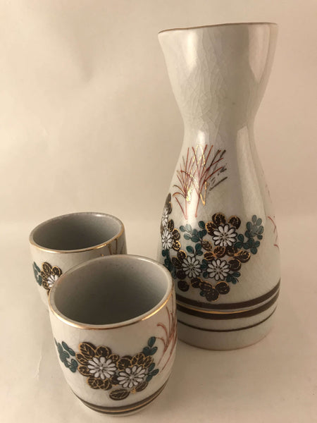 Japanese KUTANI YAKI Sake Bottle + 2 cups - Made in Japan - Pottery sajapansales