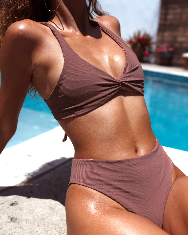 SOVANNA top - Ribbed Chocolate - Serei Swim