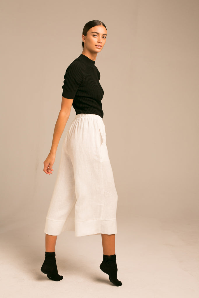 Cropped wide leg pants / Milk White