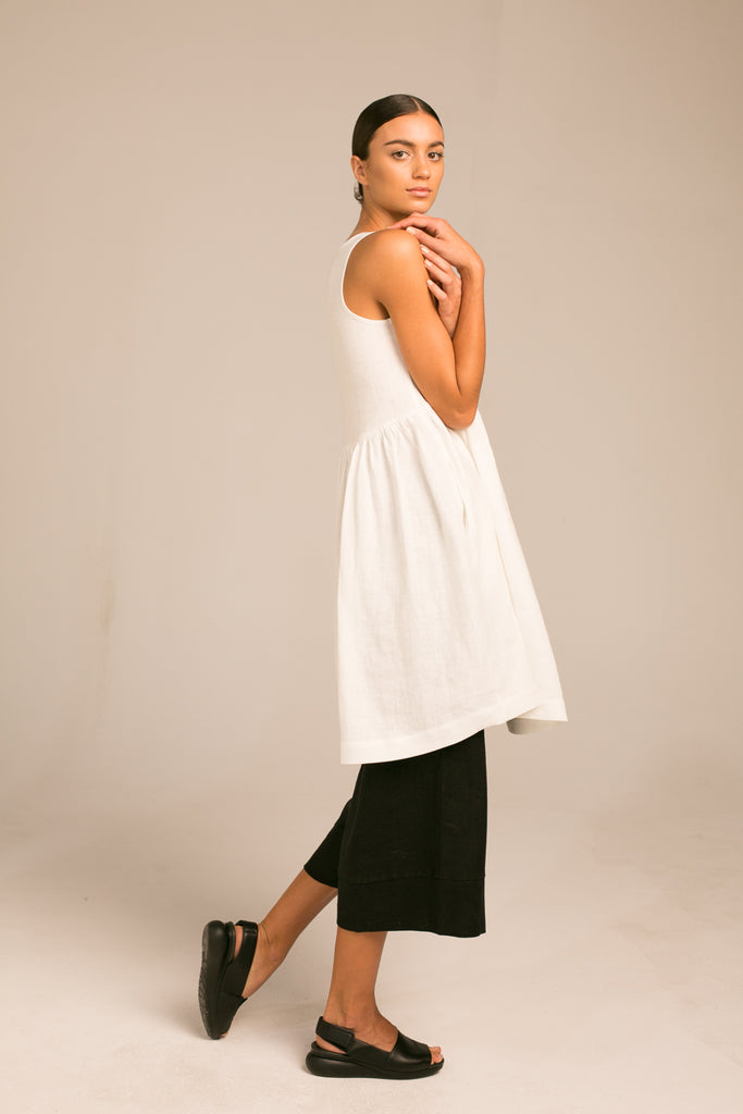 Sleeveless Dress / Milk White