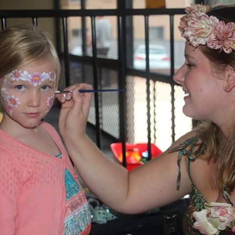 Book a face painter - 1 hour