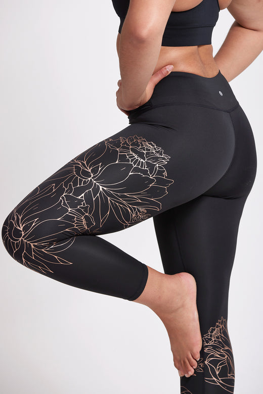 Hana Foil 7/8 Legging - Black