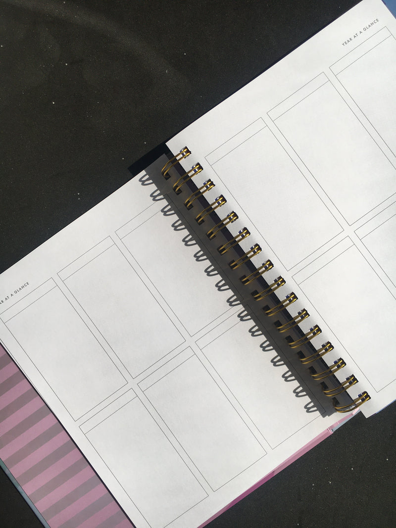 Eeni Schedule - 12 Month Undated Planner