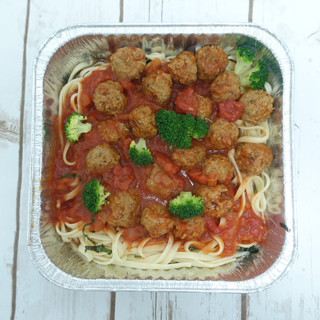 Spaghetti with Beef Meatballs Tomato and Herbs Sauce (Deliver Hot) - Ideal for 2 persons