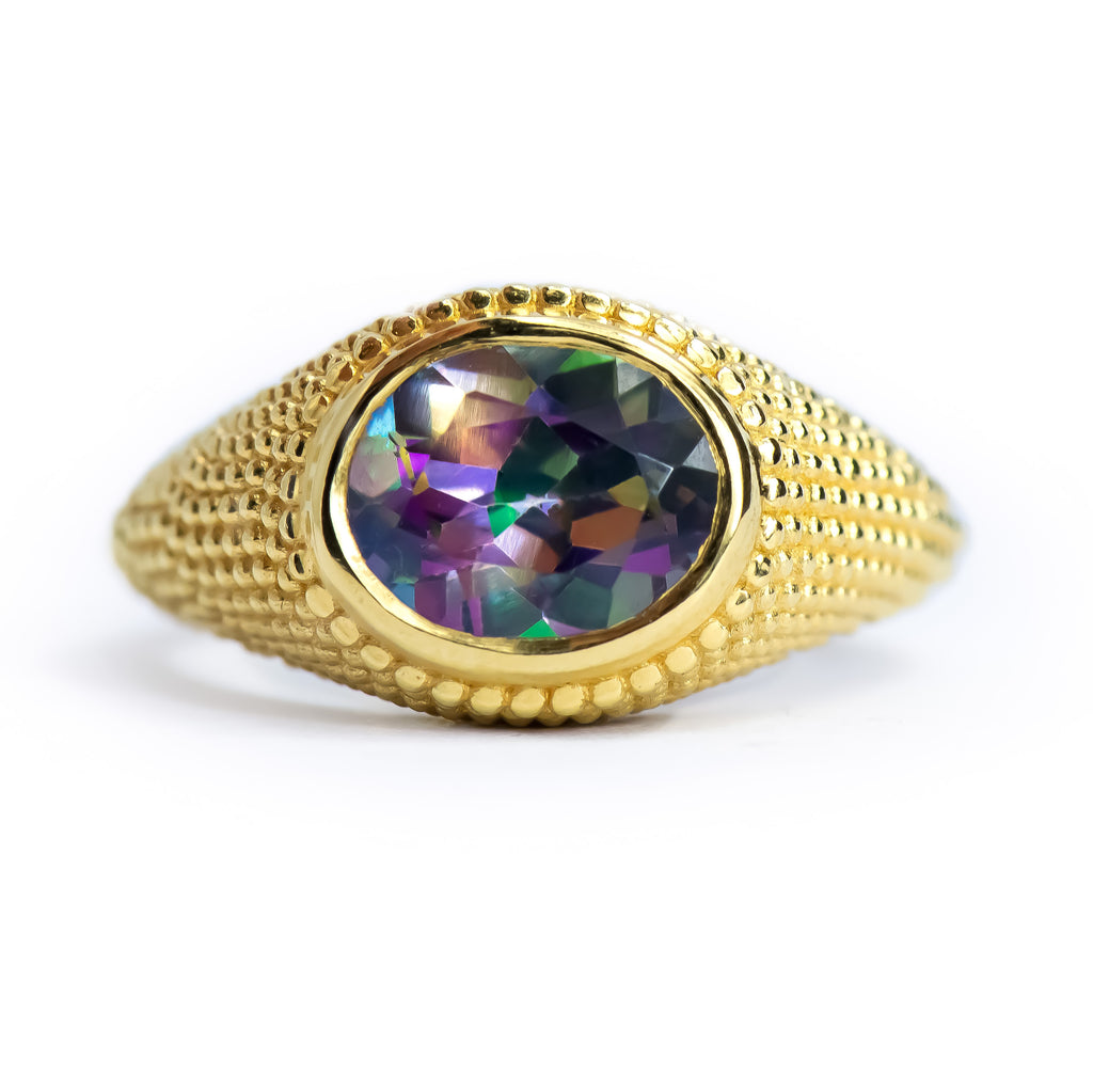 Nubia Oval Mystic Topaz Yellow Gold Ring Size 7US - Manari.eu