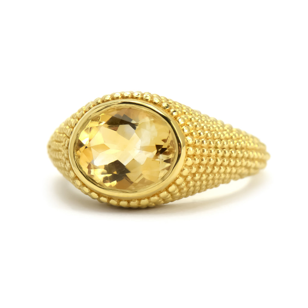 Nubia Oval Citrine Yellow Gold Ring Size 7US - Manari.eu
