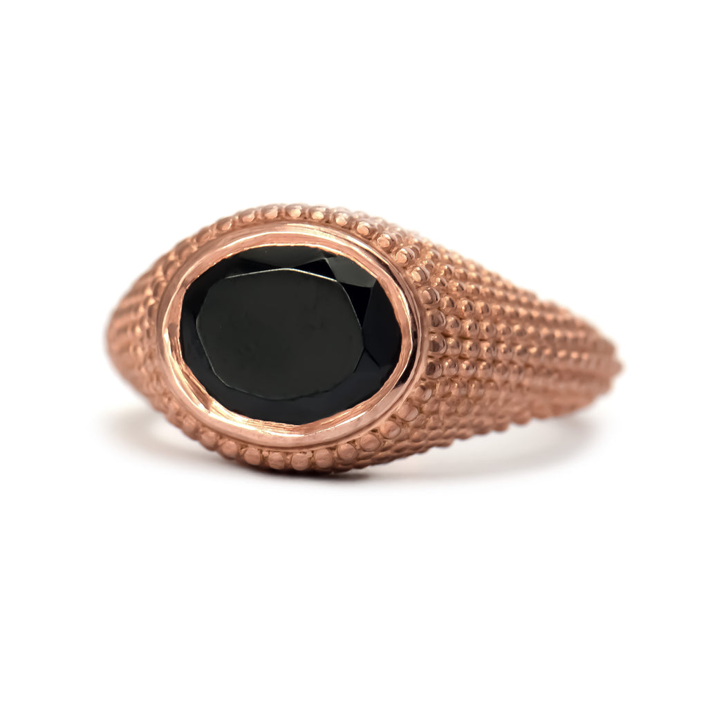 Nubia Oval Black Spinel Rose Gold Ring Size 7US - Manari.eu