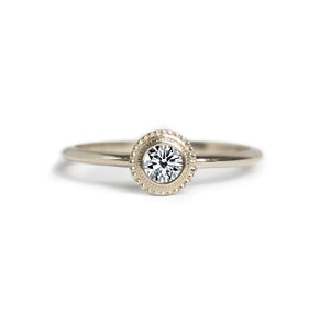 Nadine Diamond Ring - MANARI.eu