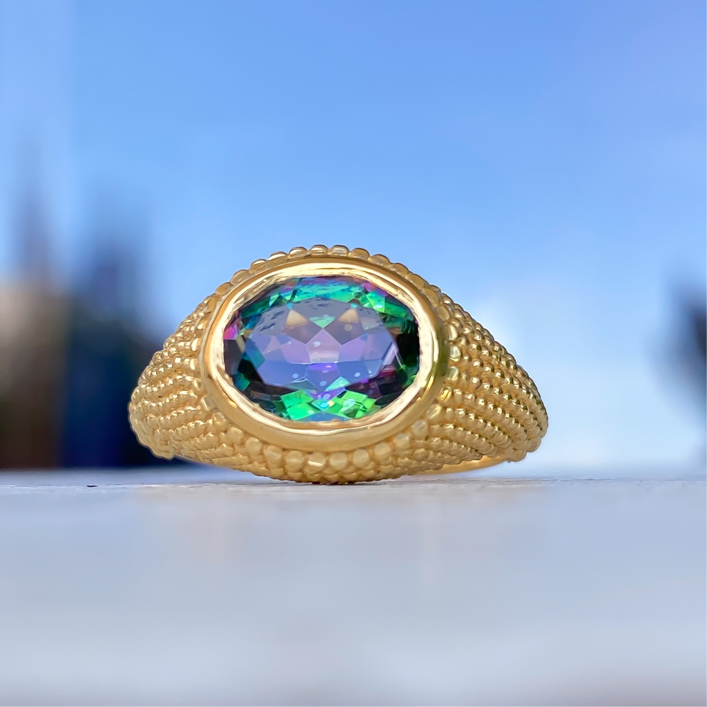 Nubia Oval Green Mystic Topaz Yellow Gold Ring Size 7US - Manari.eu