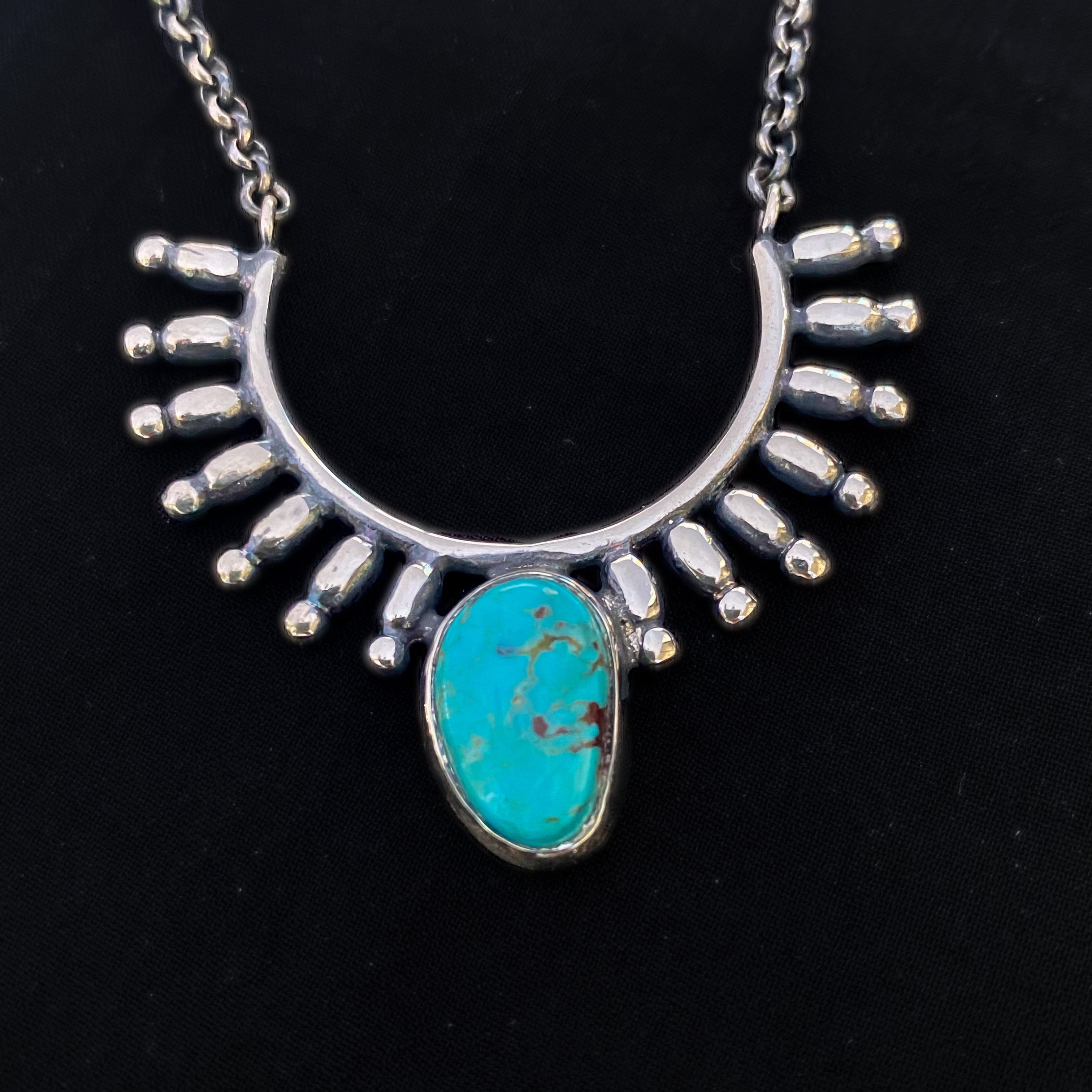 turquoise-silver-pendant