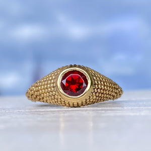 Nubia Round Red Garnet Yellow Gold Ring Size 7US - Manari.eu