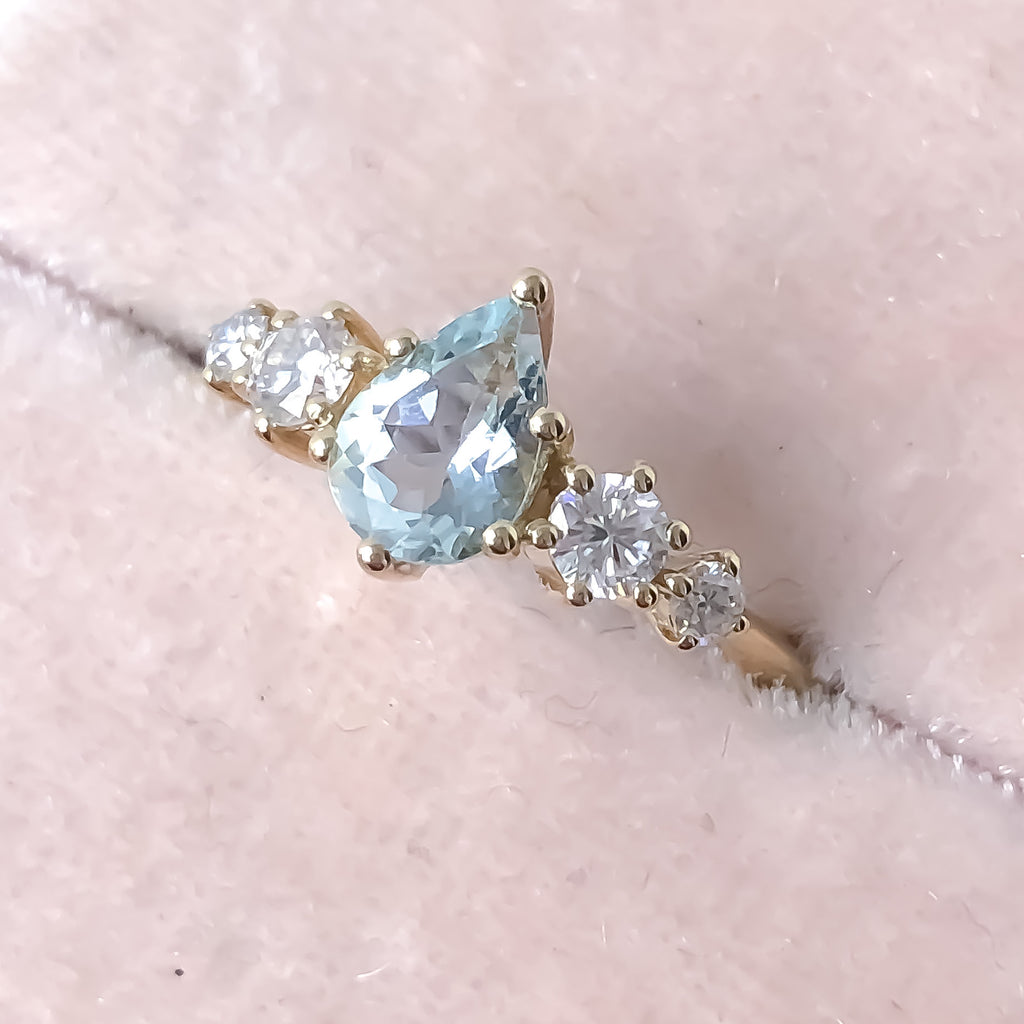 Betty Aquamarine Diamond/Mossanite Ring
