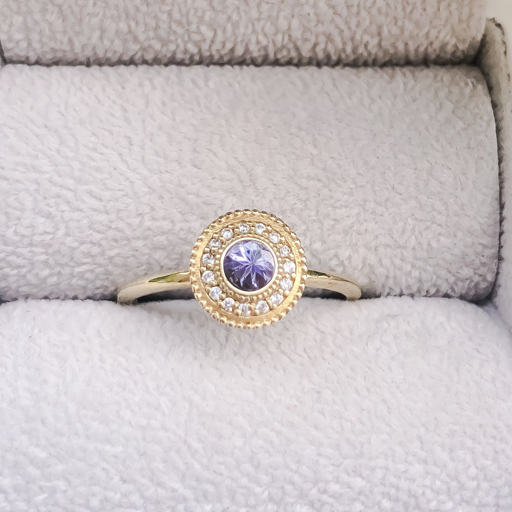 Leila Tanzanite Diamond Ring - Manari Design