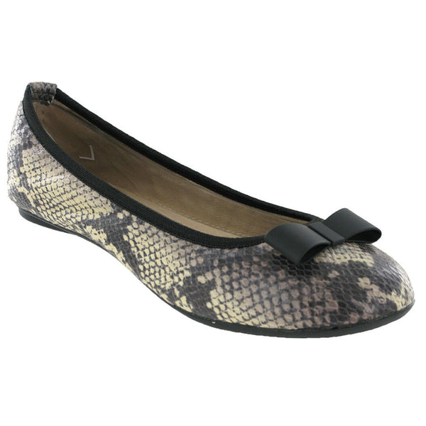 Butterfly Twists Chloe Flats