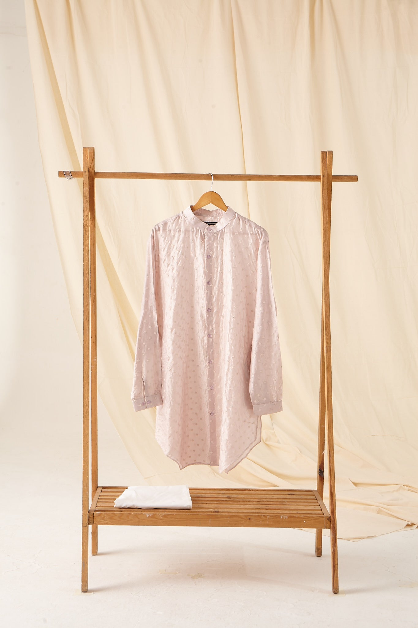 The Mother of Pearl Kurta Pajama set