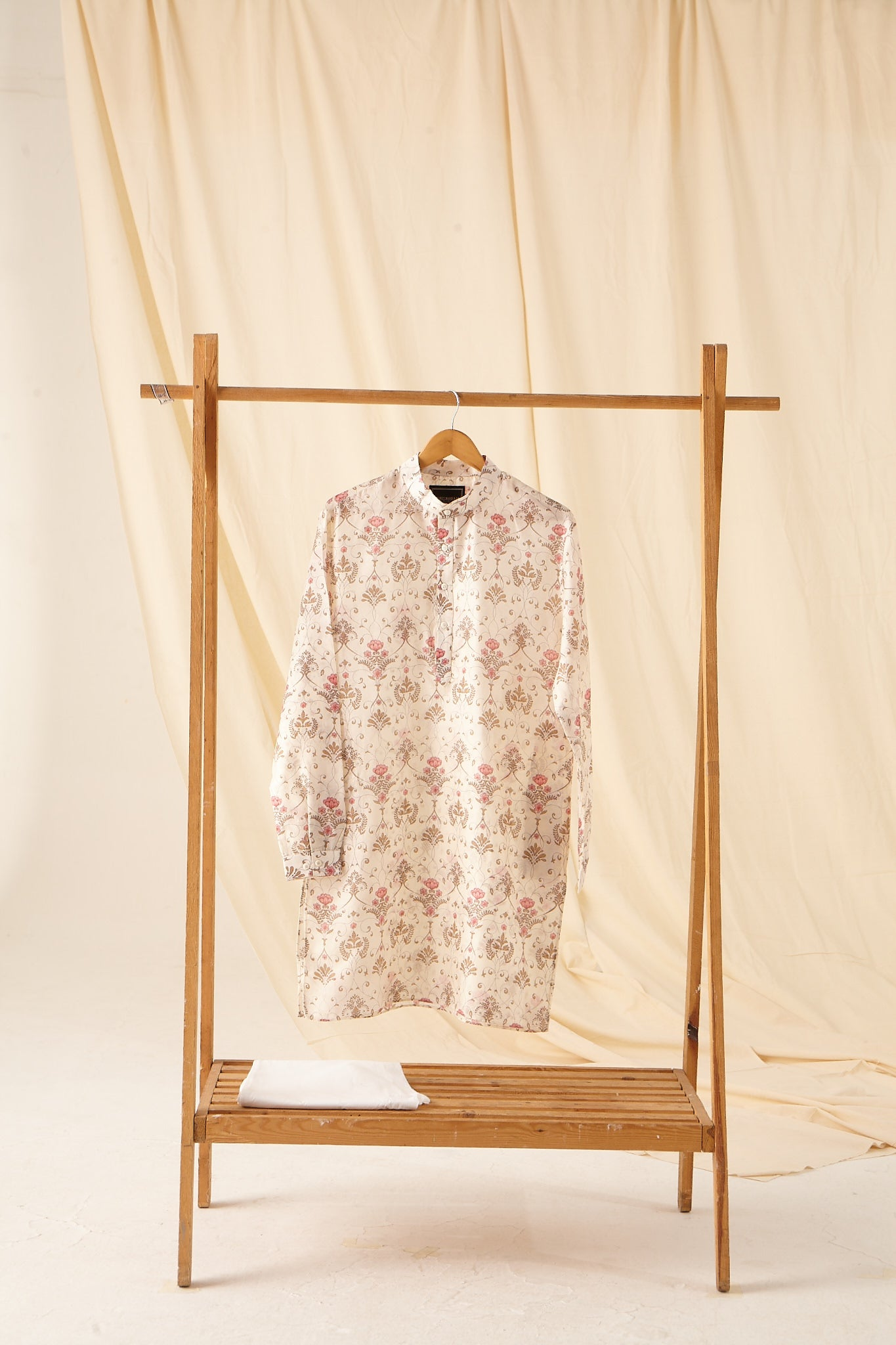 The Greenhouse Mal Cotton Kurta Pajama Set in Khakhi and Pink