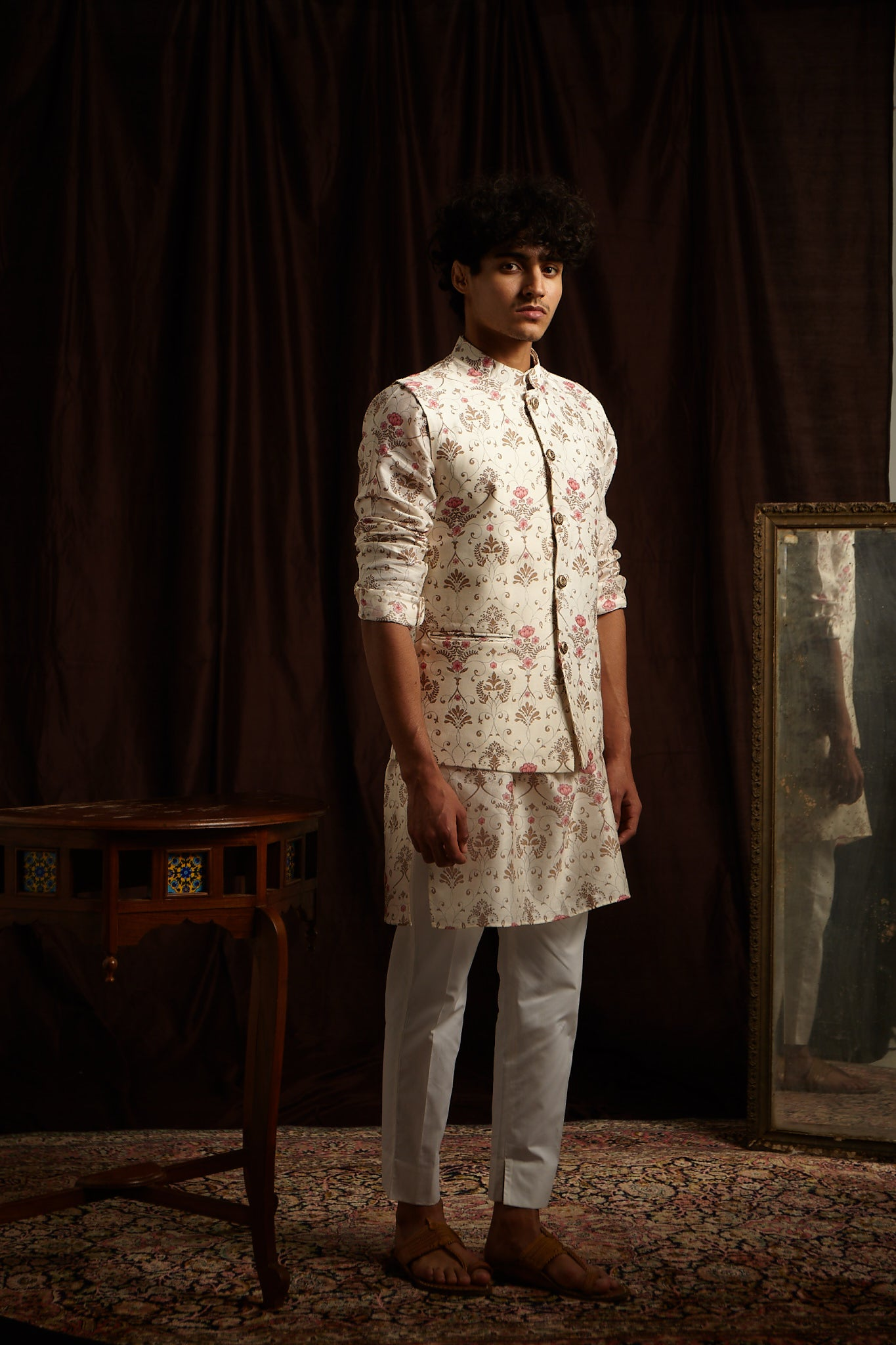The Greenhouse Mal Cotton Kurta Pajama Set in Khakhi and Pink with matching Bandi