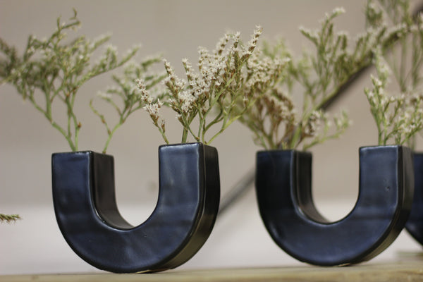 U-Vase by Sophie Eveleigh