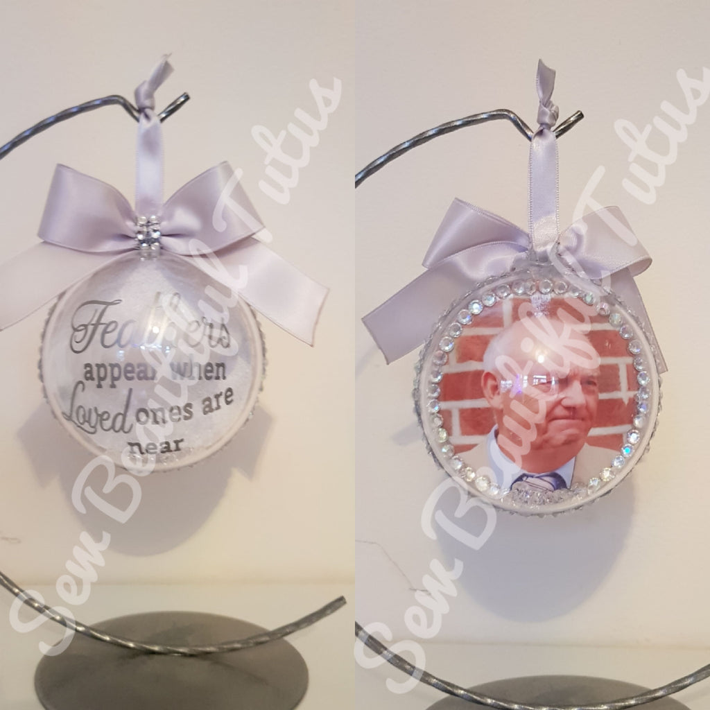 Memorial Bauble - Feathers Appear