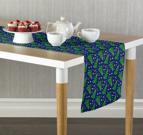 Christmas Trees and Ornaments Table Runners