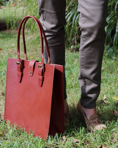 Madison Deluxe Tote in Bourbon