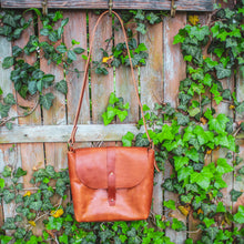 Load image into Gallery viewer, Steurer & Co. Leather, Hobo Bag, Cross Body, Veggie Tanned Leather, Louisville, Kentucky, Made in the USA
