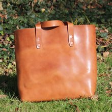 Load image into Gallery viewer, Steurer & Co. Mason Everyday Tote, Veggie Tanned Leather, Steurer, SteurerJacoby Leather Golfbag Designer, Totes, Handmade Leather Tote, Leather Tote