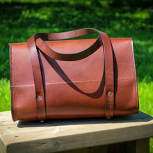 Load image into Gallery viewer, Porter Handbag, Leather Handbag, Steurer & Co., Made in Kentucky, Handmade Leather Bags