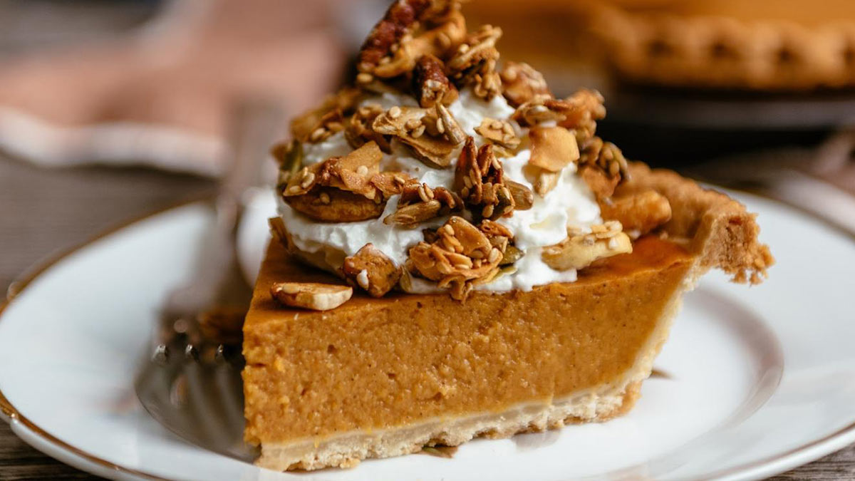 GrandyOats Pumpkin Pie with Coconola on Top