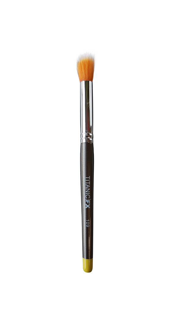 Titanic Pro-FX Brush 109 - Medium Round Duo-Fibre Stipple Brush