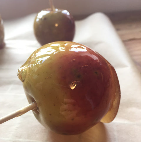 A honey toffee apple with London Honey Company honey. Bonfire night firework night halloween.