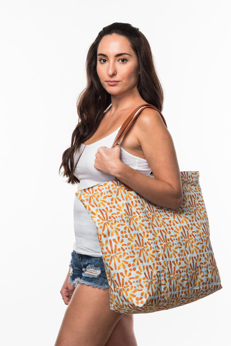 Beach Bag with Tile print from Olive & Loom