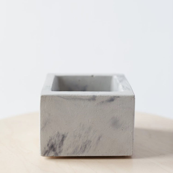 Square Planter from Concrete Days