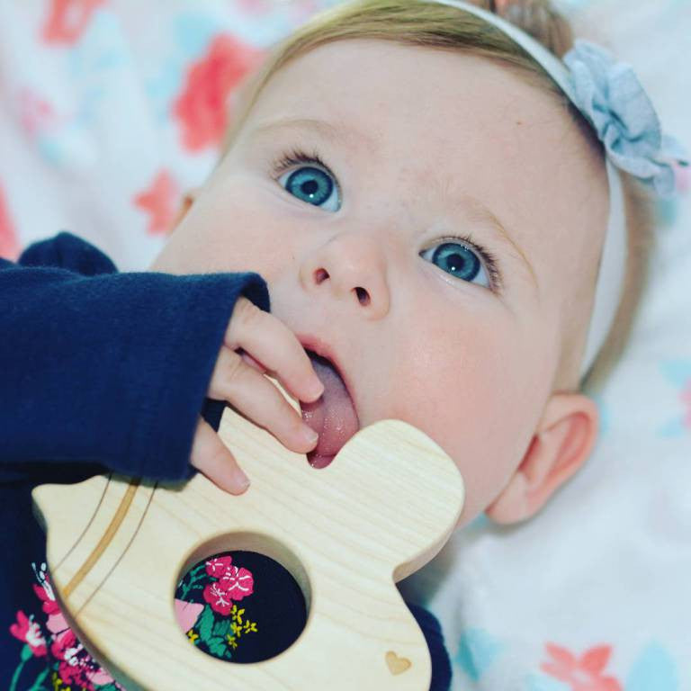 The Mama Journey ::: Buzzy Bee Wooden Teether Review & Discount