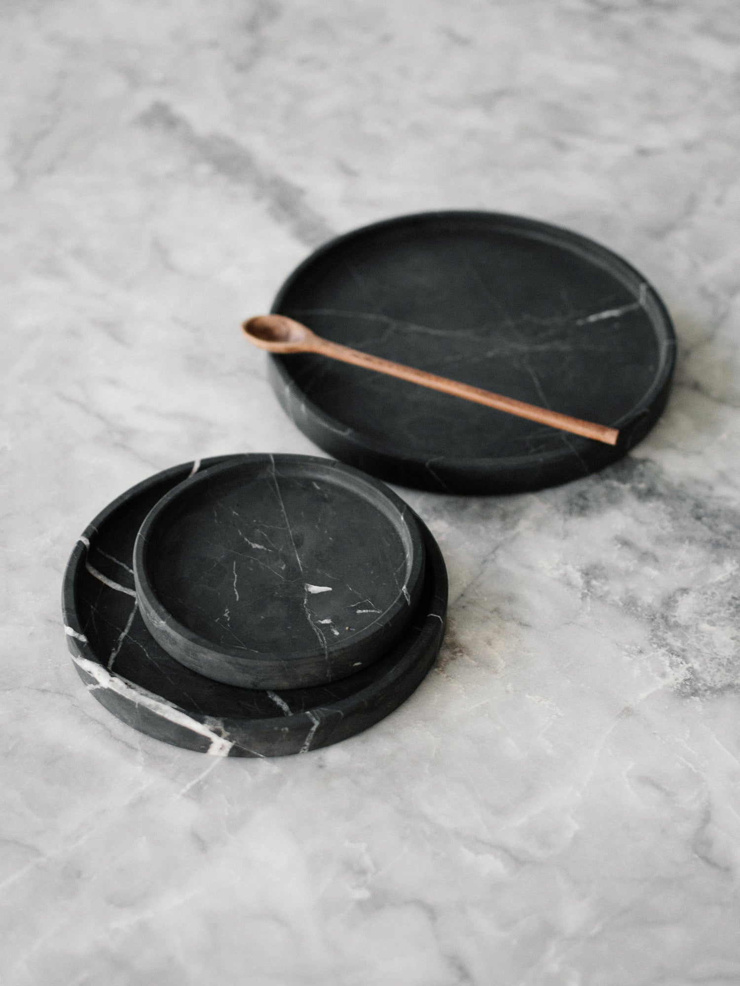 Black marble plates trays