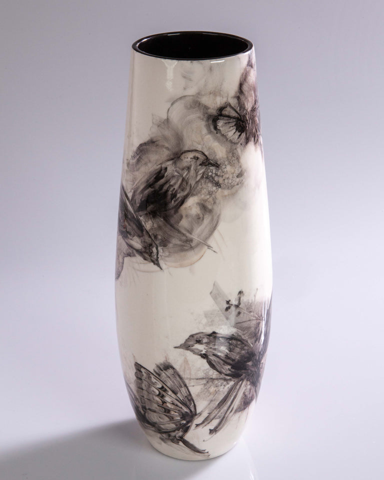 Watercolor Vase by Pablo Luzardo - Black #2