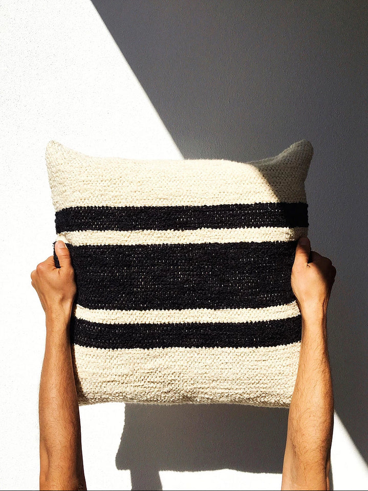 Casa Cubista Centre Stripe Pillow