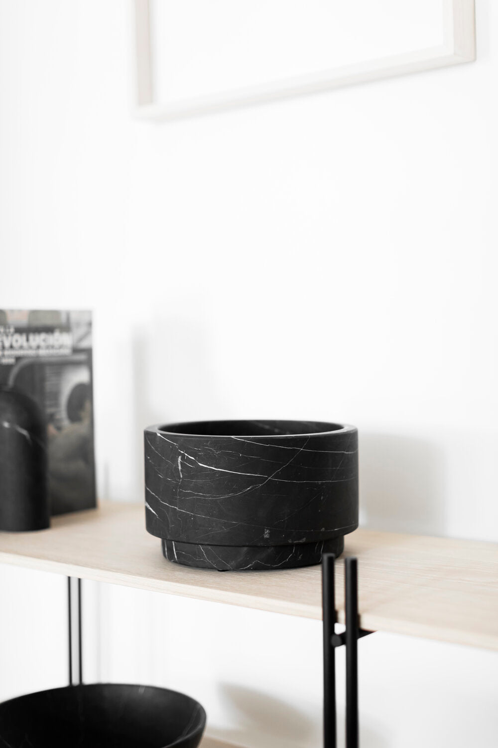 Cylinder Vase in Black Marble - Wide