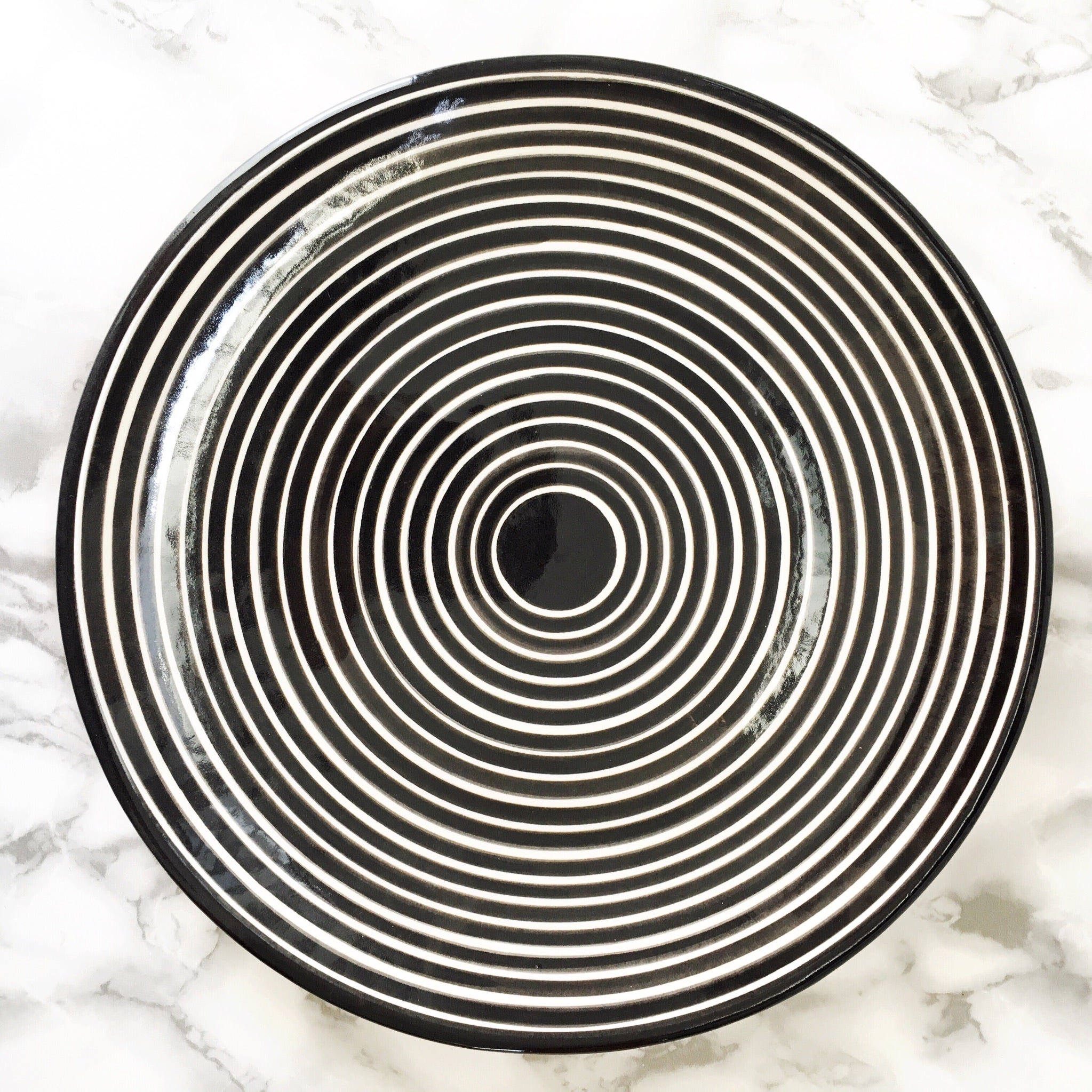 Casa Cubista Graphic Tableware - Large Striped Serving Platter