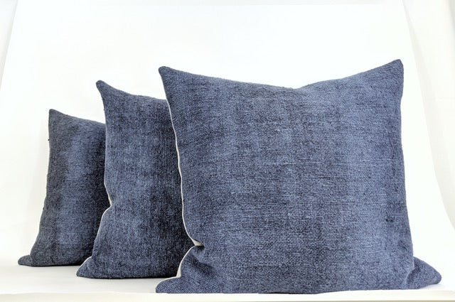 Hand-painted vintage linen pillows blue