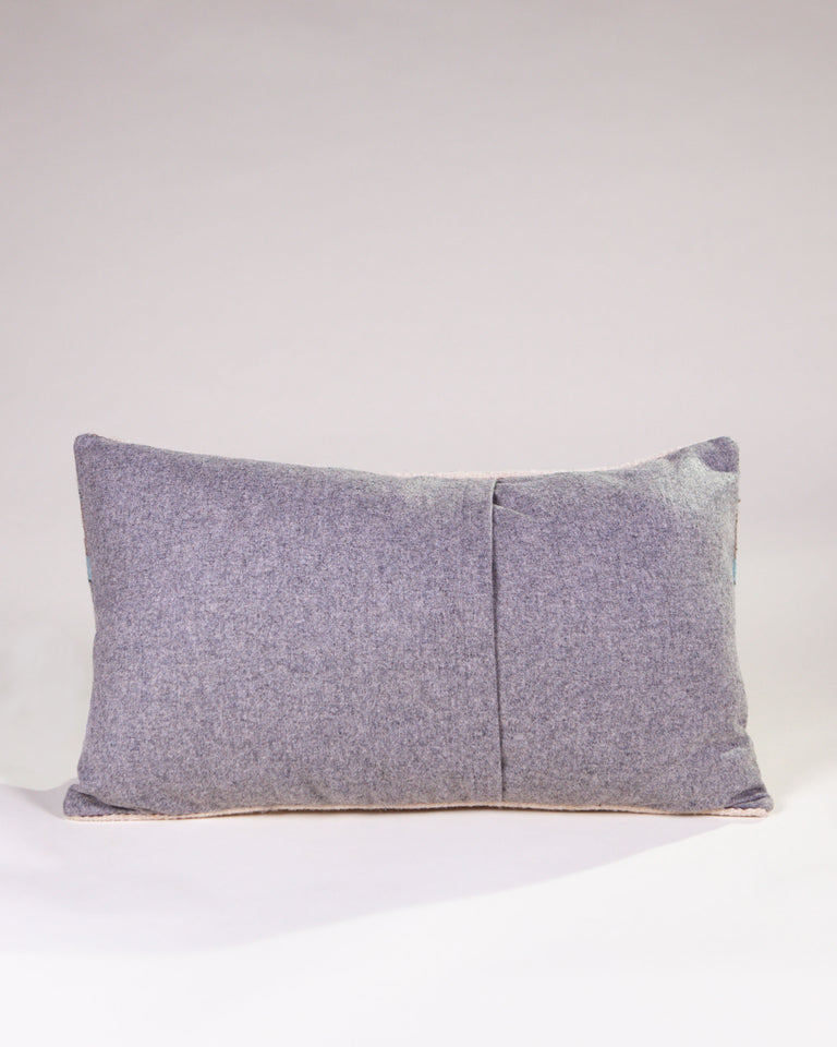 Za Guiba Azul Pillow
